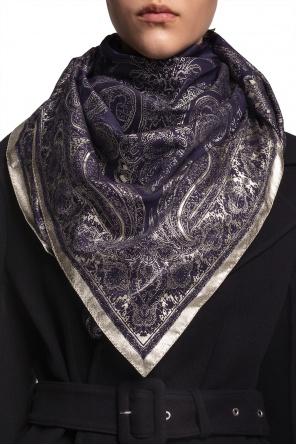 Patterned shawl od Etro