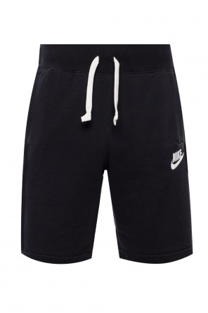 Shorts with embroidered logo od Nike