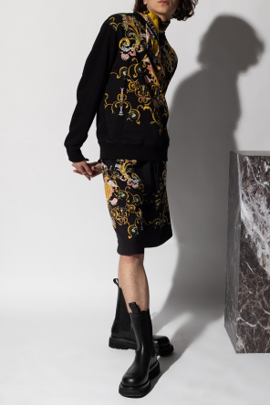 Baroque print shorts od Versace Jeans Couture