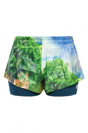 Patterned shorts od Adidas by Stella McCartney