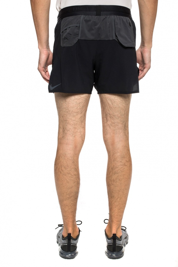 Embroidered shorts od Nike