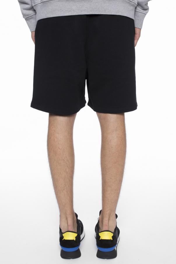 Logo-embroidered shorts od Marcelo Burlon