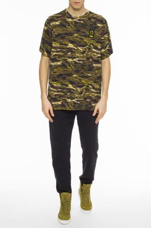 Camo t-shirt od Puma XO by The Weeknd
