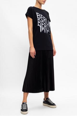 T-shirt z logo 'berlin' od AllSaints