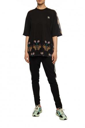 T-shirt z motywem kwiatowym od ADIDAS Originals