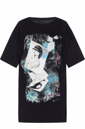 T-shirt with a print od MM6 Maison Margiela
