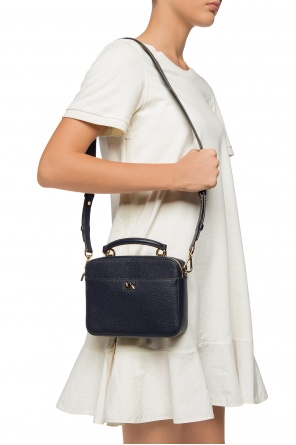 Shoulder bag with a logo od Michael Kors