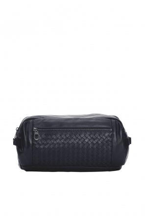 Black belt bag od Bottega Veneta