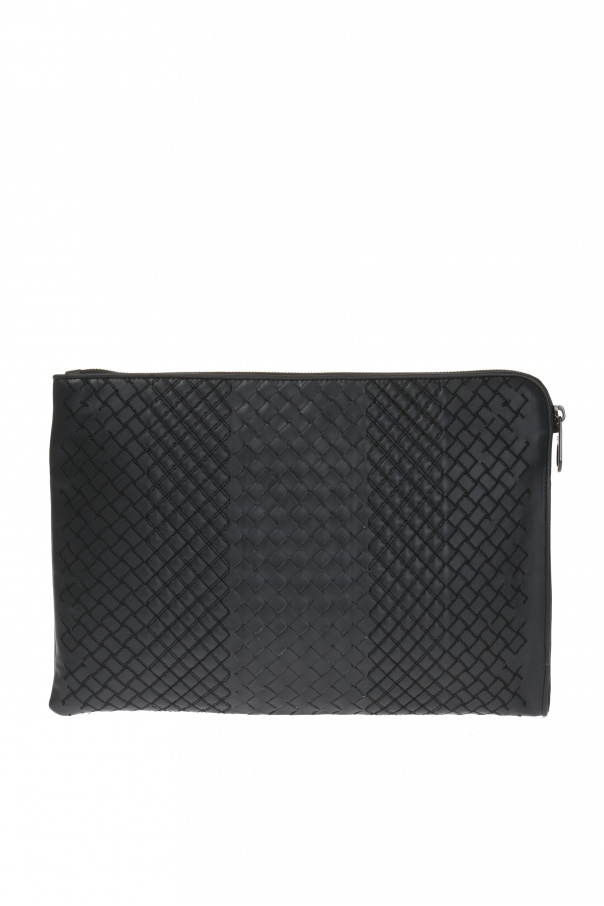 Leather clutch od Bottega Veneta