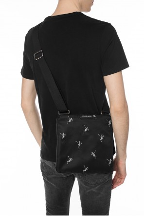 Skeleton motif shoulder bag od Alexander McQueen