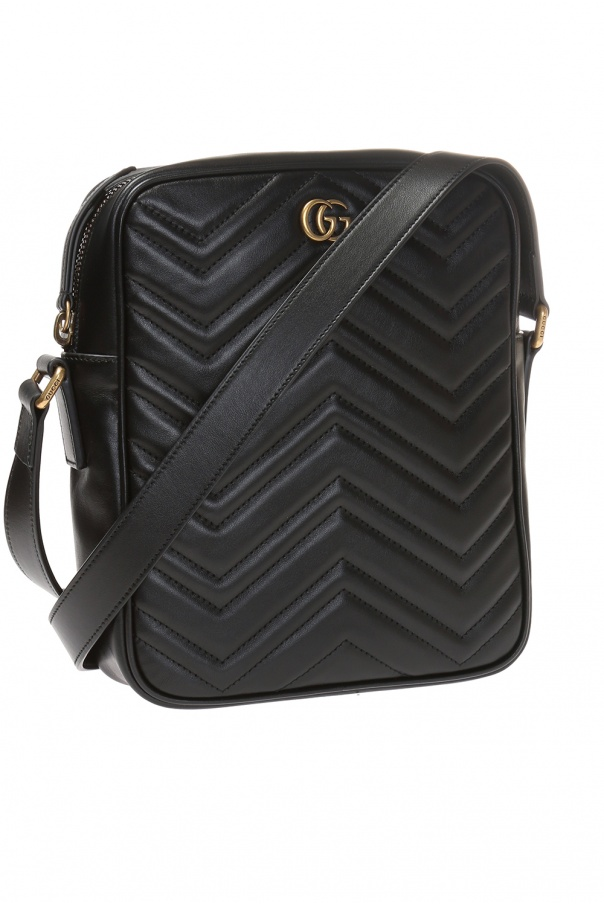'gg marmont' quilted shoulder bag with a logo od Gucci