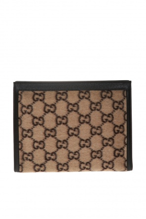 Patterned clutch od Gucci