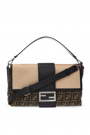 'baguette' shoulder bag od Fendi