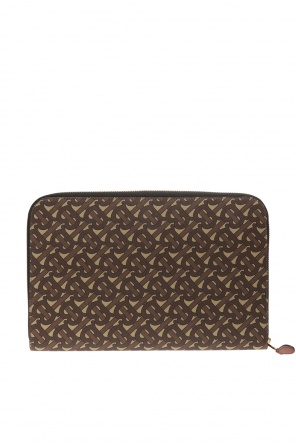 Patterned clutch od Burberry