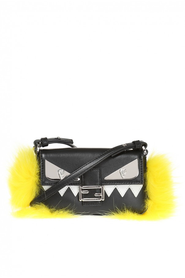 c5f71f45cf92 Baguette  shoulder bag Fendi - Vitkac shop online