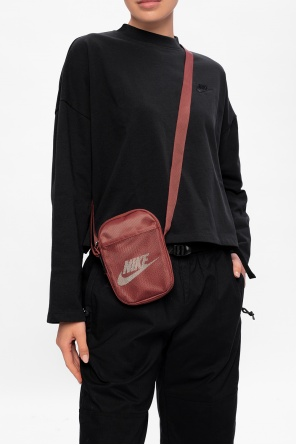 Branded shoulder bag od Nike
