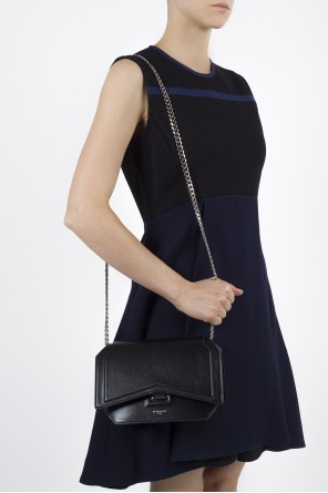 'bow-cut' leather shoulder bag od Givenchy