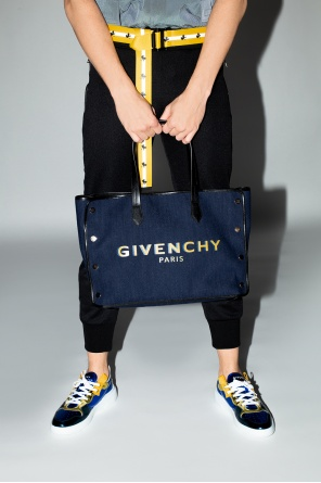 Shopper bag with logo od Givenchy