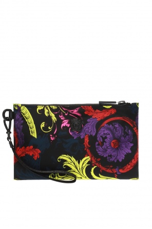 Baroque pattern clutch od Versace