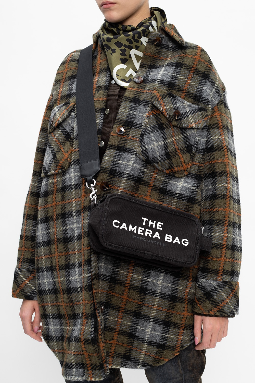 「The Marc Jacobs The Camera Bag 黑色」的圖片搜尋結果