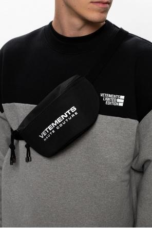 Branded belt bag od Vetements