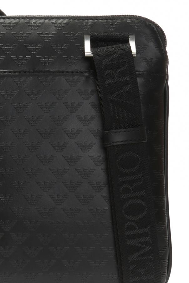 Embossed logo shoulder bag od Emporio Armani